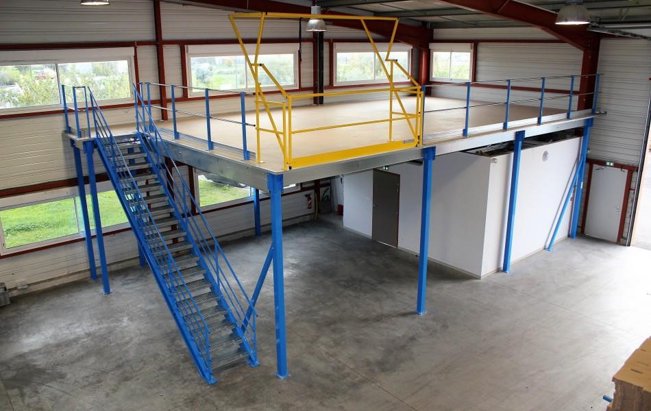 <p>Plateforme mezzanine de stockage</p>